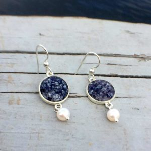 Crushed Mussel Shell Silver Earrings with Pearl