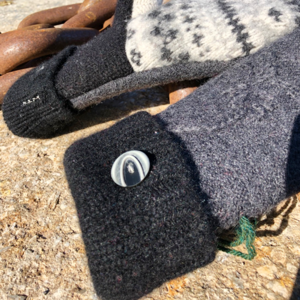 Charcoal & White Sweater Mittens
