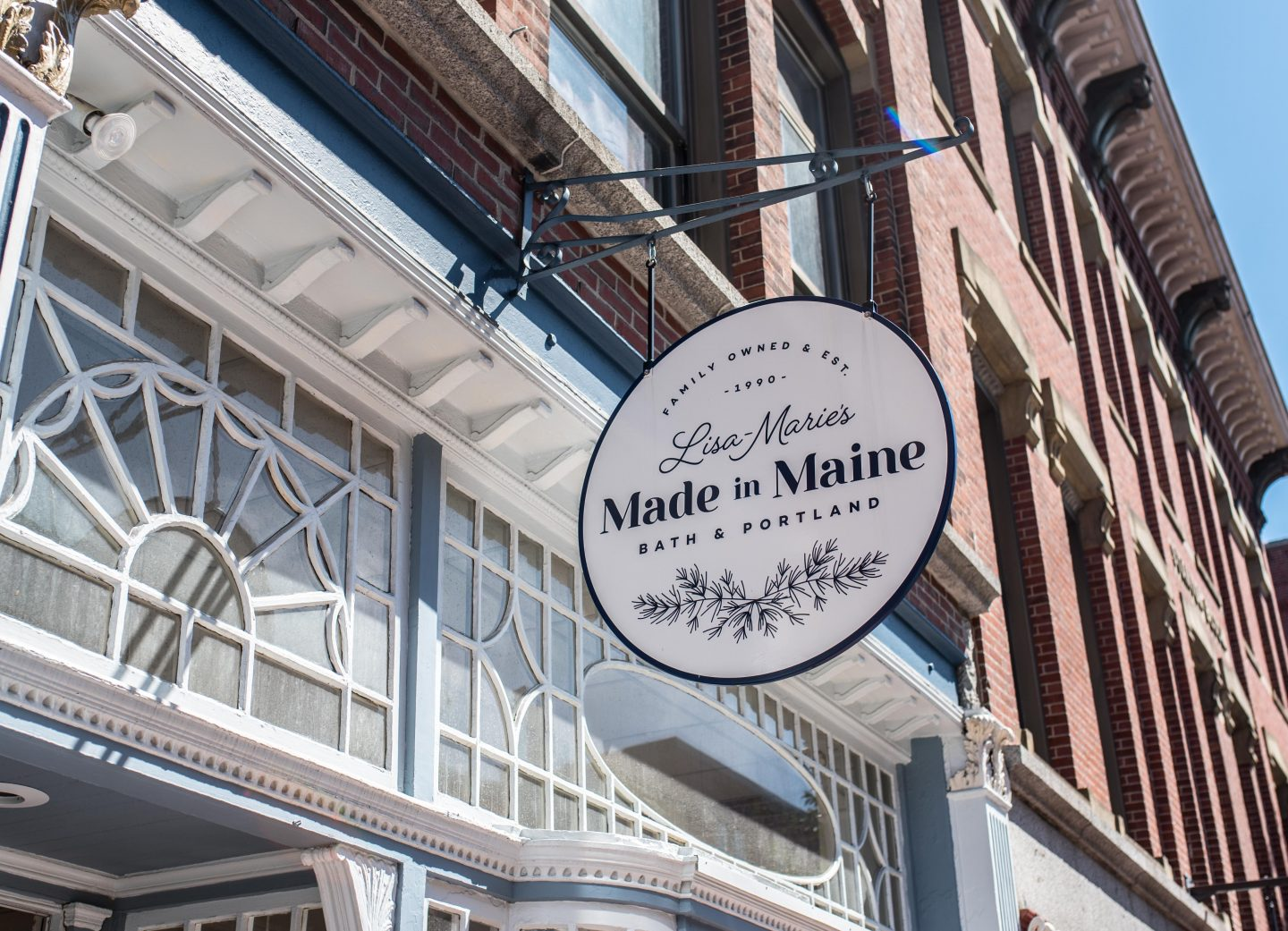 Lisa-Marie's Made in Maine storefront