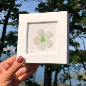 Sea Glass Daisy - Emerald Center