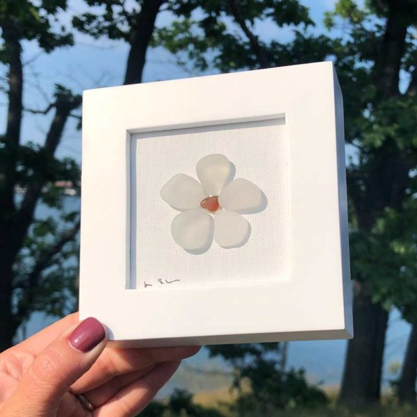 Sea Glass Daisy - Amber Center